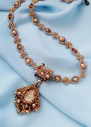 Золотое ожерелье с кулоном «розовое золото»