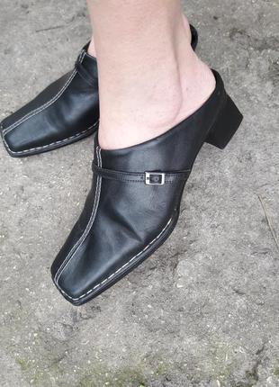 Кожаные шлепанцы.много обуви тут!!