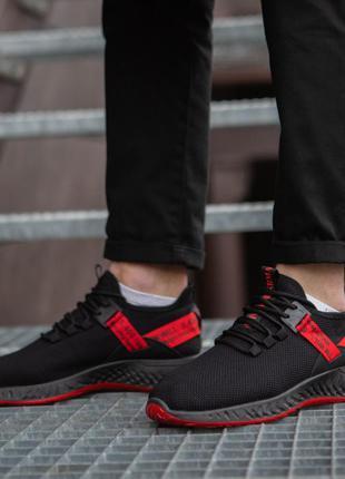 Крутейшие мужские кроссовки с красной лентой