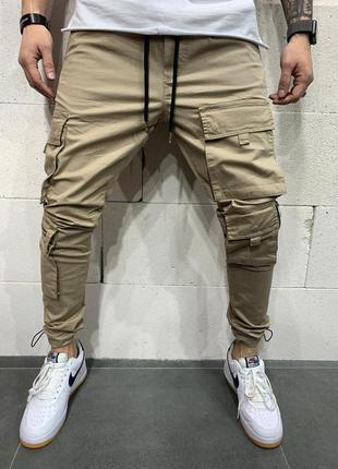 Стильные мужские джинсы с лампасами