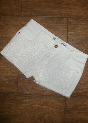 Шорты джинсовые с кружевом на 11-12 лет