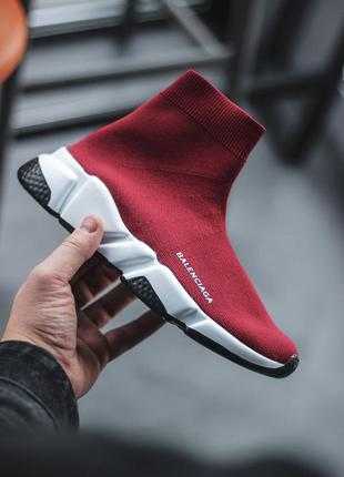 Удобные женские кроссовки для бега и не только