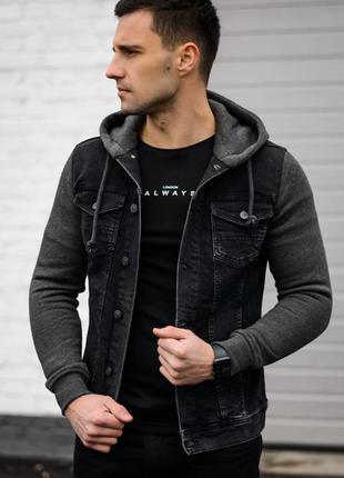 Крутая утепленная джинсовая куртка с капюшоном