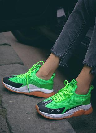 Крутые легкие дышащие женские кроссовки