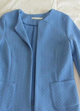 Фирменный пиджак, на 44 размер