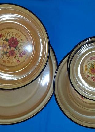 Набор эмалированной посуды декоративный