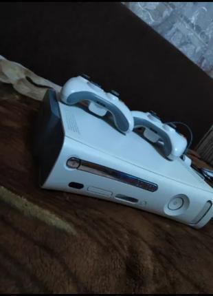 Xbox 360 / 2 джойстика