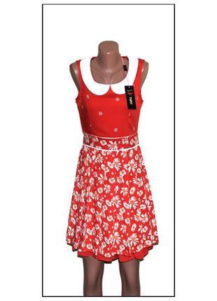 Yumi.новое с биркой.платье с белым воротником. принт - ромашки...