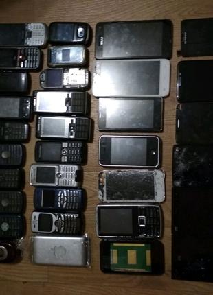 Телефоны лот 33 шт
