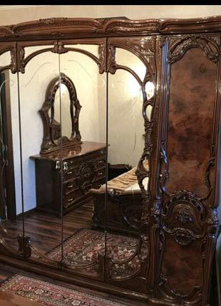 Итальянская мебель спальный гарнитур