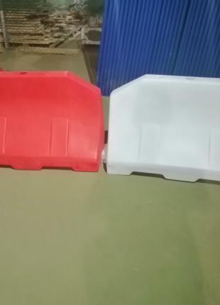 Пластиковый дорожный барьер 1,2