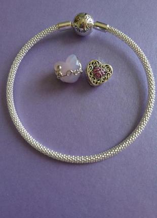 Комплект браслет и два шарма сердце