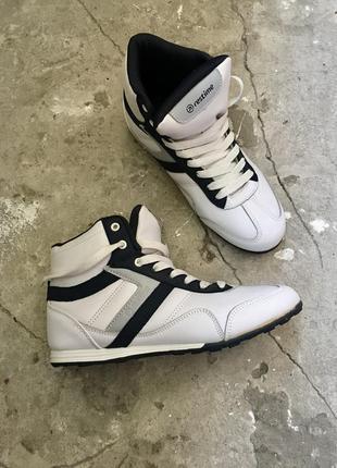 Классные ретро кроссовки
