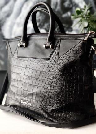 Daniele donati. крупная сумка из искусственной кожи.