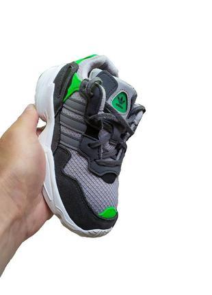 Модные детские кроссовки adidas yung-96 originals