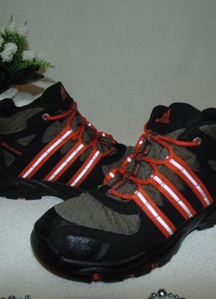 Термоботинки adidas 34р,ст 22 см.мега выбор обуви и одежды