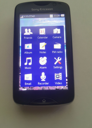 Смартфон Sony Ericsson CK15i