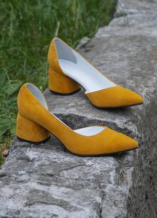 Замшевые летние туфли на каблуке 4 см