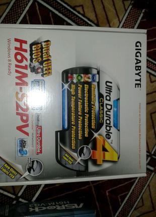 Материнская плата Gigabyte H61M-S2PV сокет1155.Новая.