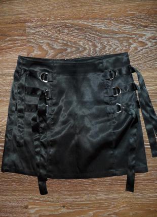Атласная мини юбка jennyfer