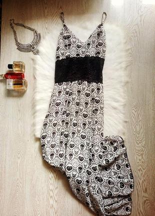 Белый длинный сарафан платье в пол на бретелях с черным принто...