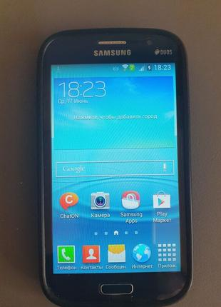 Телефон Samsung Galaxy Grand Duos I9082