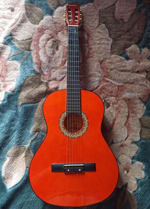 Гітара Maxtone cgc-390n 1600грн