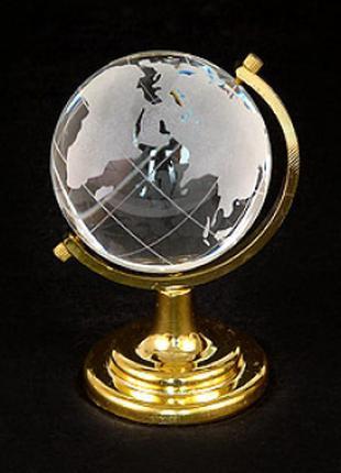 Глобус настольный большой - символ стремления к знаниям