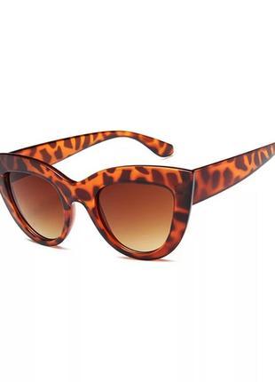 Женские солнцезащитные очки «кошачий глаз» леопардовые