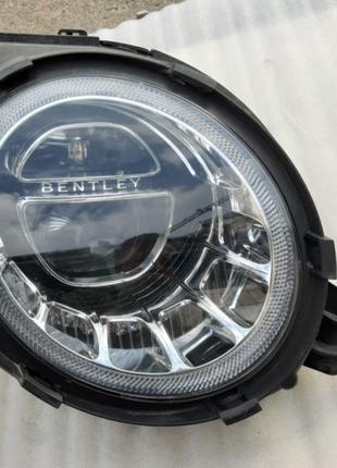 Bentley Bentayga Фара 36A941006F