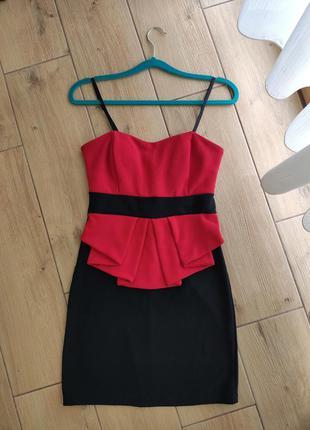 Коктейльное платье бюстье с чашечками размер м
