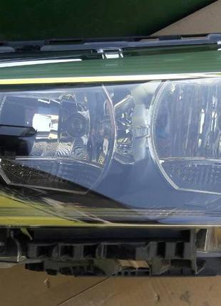 BMW X1 F48 Фара 63117346533