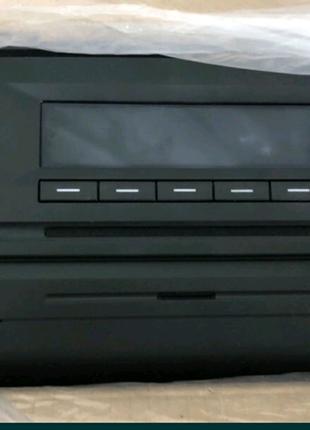 Магнитола оригинал на skoda Octavia A7