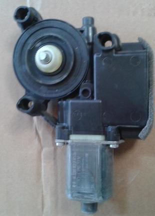 мотор стеклоподъемника Т5