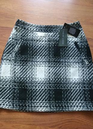 Базовая,прямая юбка на подкладке.