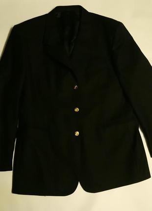 Пиджак . чистая шерсть .