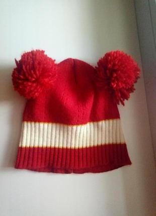 Демисезонная шапка на девочку 1-2 года.