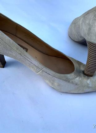 Стильные кожаные туфли (Gabor)(Германия)40 размера US7