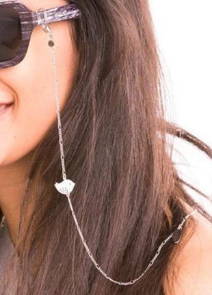 Стильная цепочка на солнцезащитные очки