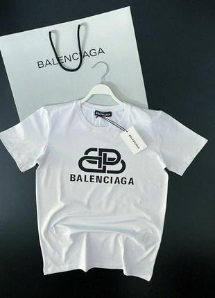 Футболка Balenciaga