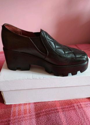 Туфлі напівчеревики шкіра / туфли полуботинки кожа 38р.