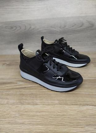 Кожаные кроссовки, 35 37 38 39 размера , шкіряні кросівки