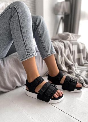 Женские сандалии adidas в черном цвете (36-40)