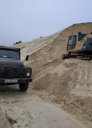 Песок, щебень,отсев,кирпич....