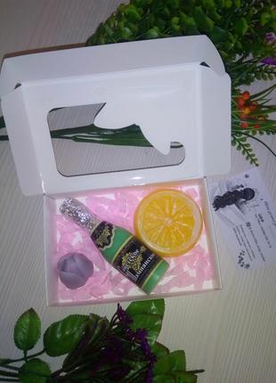 Подарочный набор из мыла ручной работы / мыло апельсин шампанское