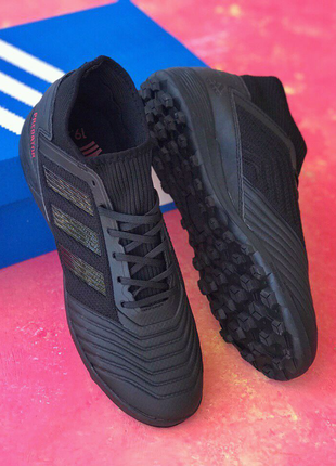 Бутсы Сороконожки Adidas Predator 18.3