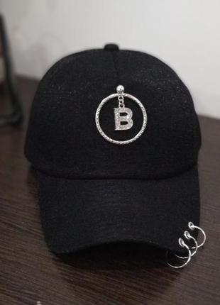 """Кепка бейсболка с кольцами """"b"""" (черная)"""