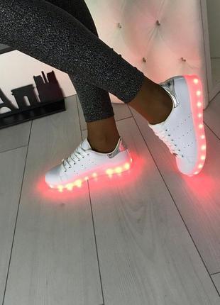 Кроссовки со светящей led подошвой зарядка usb кабелем 40-41 р...