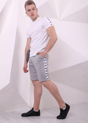 Шорты мужские Adidas серые с белыми лампасами