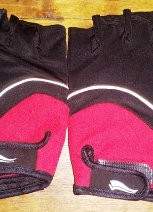 Спортивные перчатки crivit без пальцев